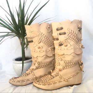 Vintage VIDEO Moccasin Boots Cream Leather 6.5